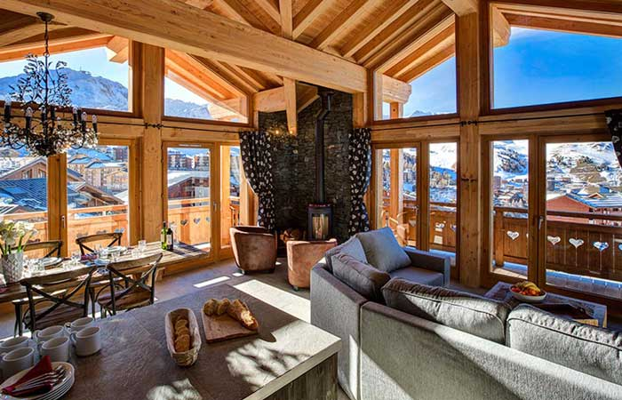 Ski in to Chalet Iris Bleu in La Plagne
