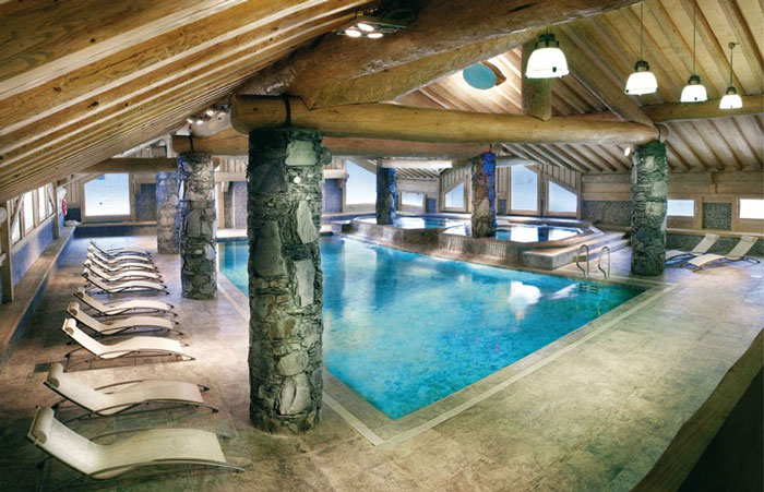 Residence Les Cimes Blanches swimming pool