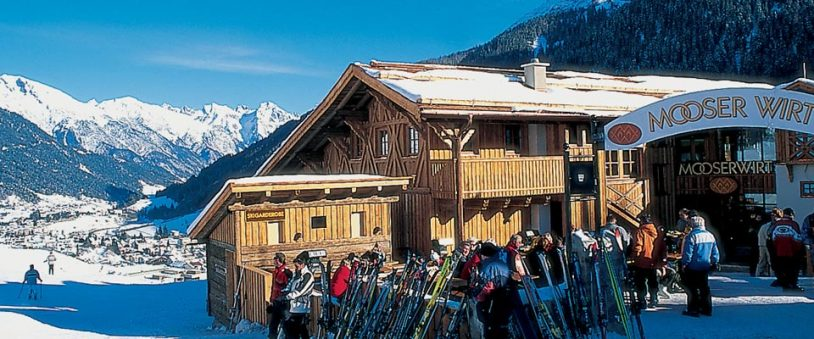 The-Mooserwirt-Apres-Ski-Bar-In-St-Anton-Austria