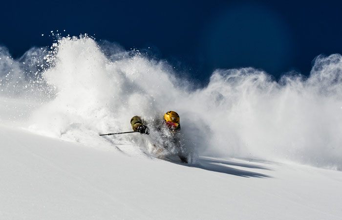 Powder skiing in Courmayeur © Daniel Ronnback