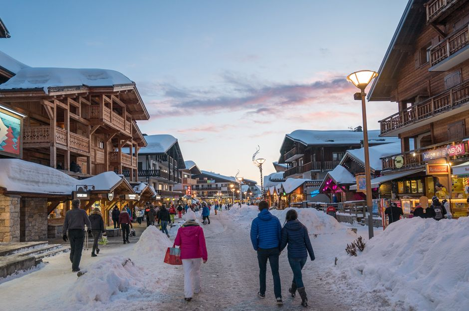 Le Gets town centre, one of the best ski resorts in France
